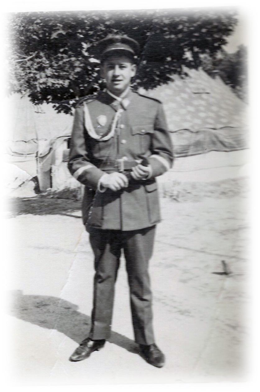 9-De uniforme.